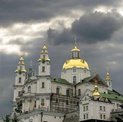 На сайті Президента України опубліковано петицію з проханням вжити заходів задля припинення провокацій проти УПЦ
